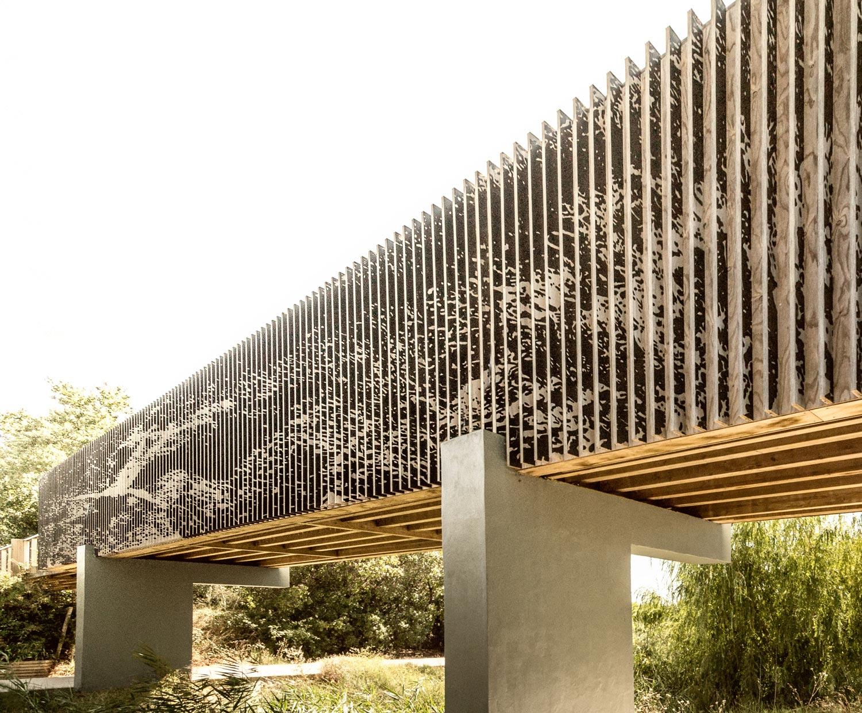 vlm bridge